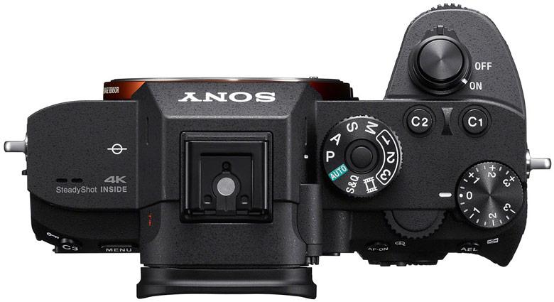 В камере Sony a7R III установлен полнокадровый датчик изображения типа BSI CMOS разрешением 42,4 Мп