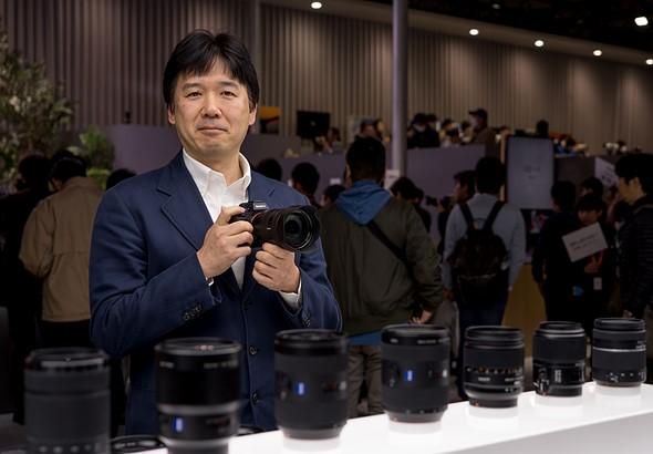 Ожидается, что Nikon и Canon выпустят полнокадровые беззеркальные камеры в течение года