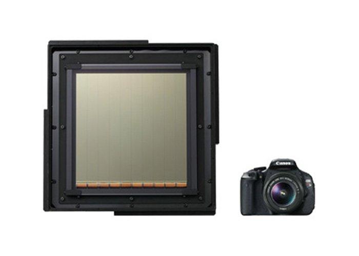 В Canon вспомнили о датчике изображения размерами около 20 х 20 см