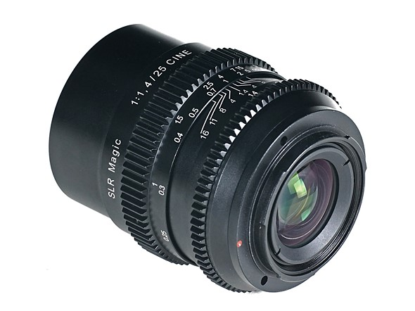 В продаже объектив SLR Magic Cine 25mm F1.4 должен появиться в мае по цене $399