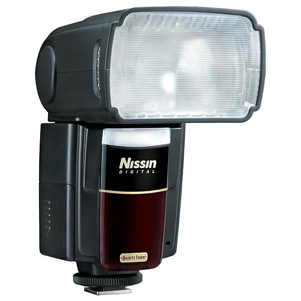 Вспышка будет предложена в вариантах для камер Fujifilm, Sony, Micro Four Thirds, Canon и Nikon