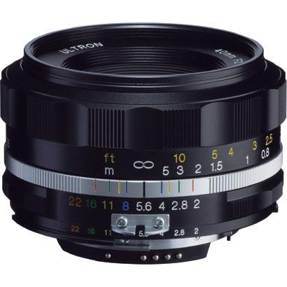Цена объектива Voigtlander Ultron 40mm F2 SL IIS Aspherical примерно равна $545