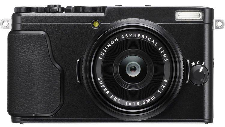Преемник камеры Fujifilm X70 замечен в базе данных FCC