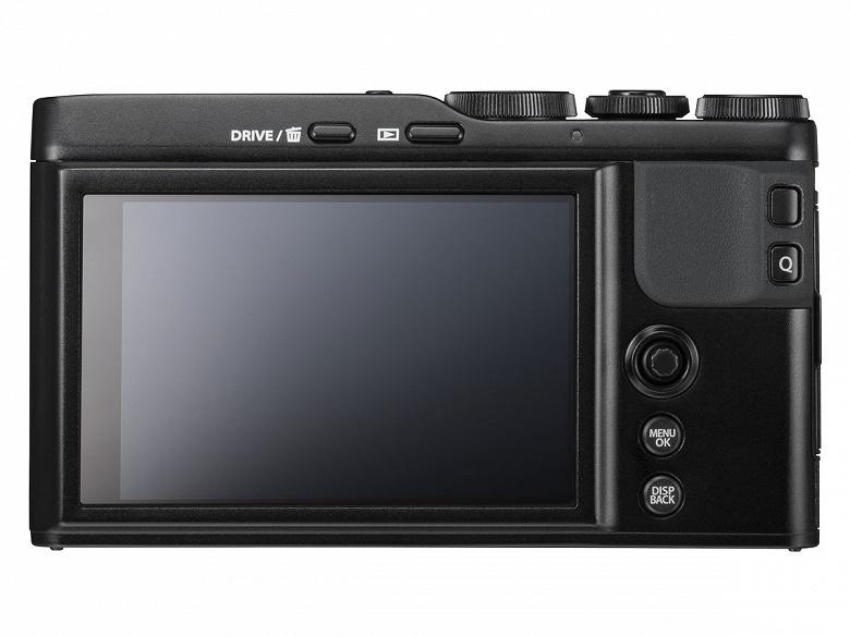 Компактная камера Fujifilm XF10 формата APS-C оценена в 500 долларов
