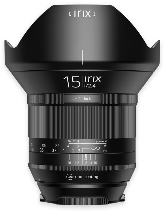 Маркировка полнокадрового объектива Irix 15mm f/2.4 Blackstone светится в темноте