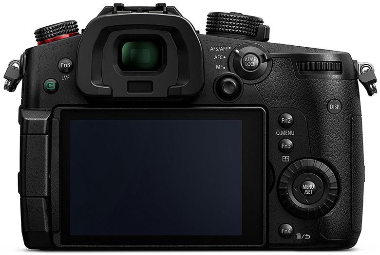 Разрешение камеры Panasonic Lumix DC-GH5S равно 10,2 Мп